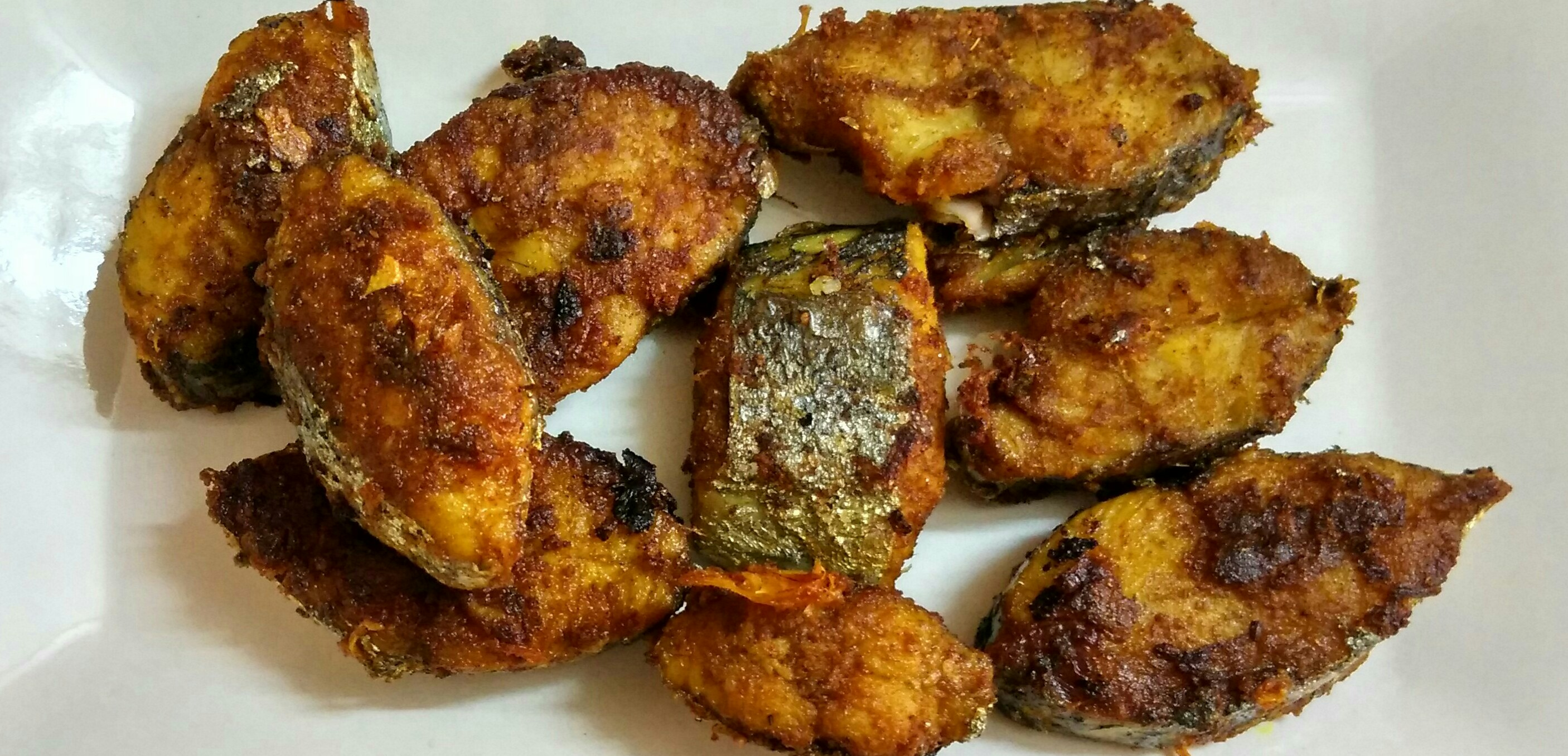 Spicy fish fry ahaaa food for What is fish food made of